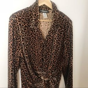 Vintage Tops - Vintage 90's Velvet Velour Leopard Blouse
